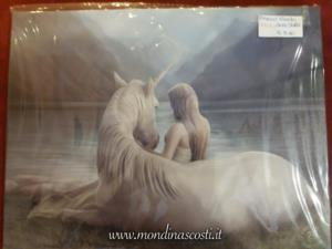 Canvas - Beyond Words di Anne Stokes